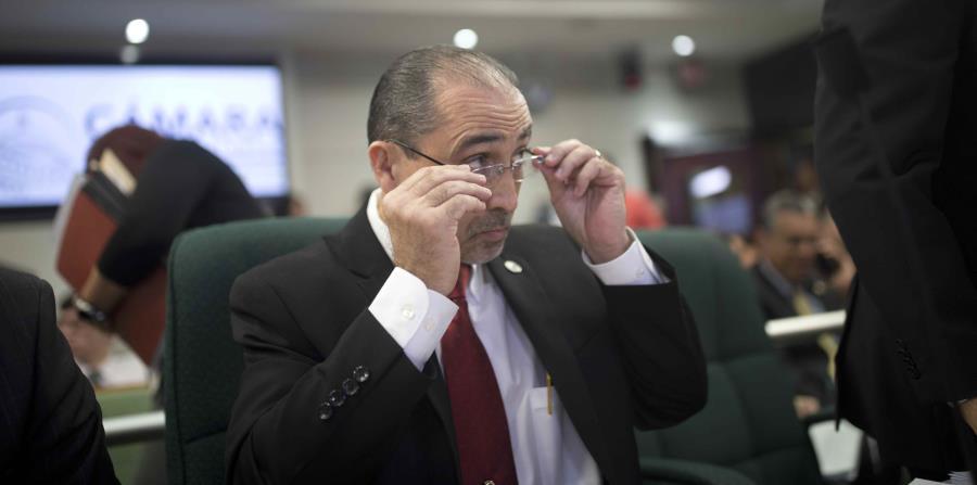"""el director ejecutivo de la Oficina de Gerencia y Presupuesto (OGP), José Iván Marrero Rosado, se reunió hoy con el equipo de trabajo denominado """"nuevo gobierno"""". (horizontal-x3)"""