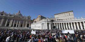 Vaticano crea una comisión para prevenir abusos del clero