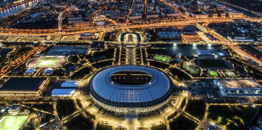 El estadio Luzhniki de Moscú será la sede del partido inaugural y el de campeonato de la Copa Mundial FIFA 2018. (AP / Dmitry Serebryakov) (horizontal-x3)