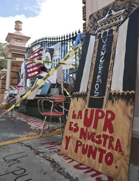 El conflicto de huelgario en la UPR comenzó a finales de marzo. (vertical-x1)