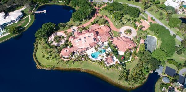 El dueño de los Medias Rojas de Boston puso en venta su mansión en Florida
