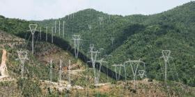 El sistema eléctrico resiliente prometido tras el paso del huracán María estaría listo en siete años