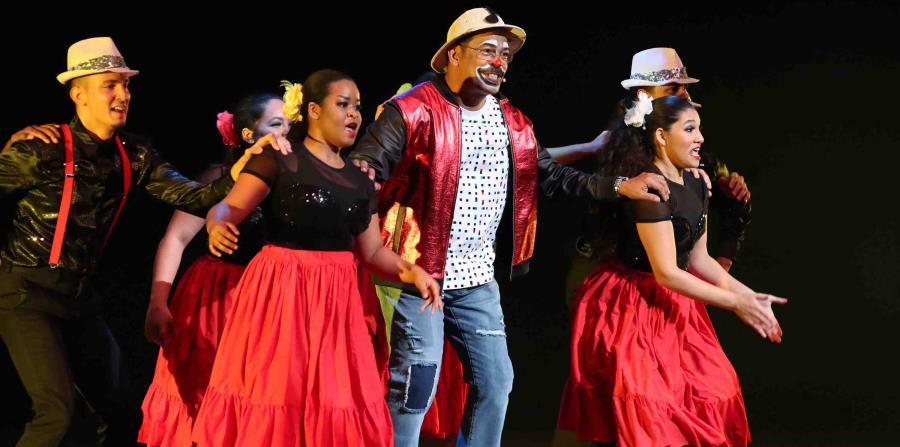 El payaso Remi celebra 40 años de cantarle a la alegría y a la familia