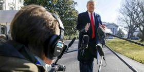 Trump dice desconocer esfuerzo ruso para ayudar a Sanders