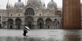 Las inundaciones en Venecia alcanzan su segundo nivel más alto de la historia