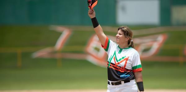 Diamilette Quiles hace historia como la primera mujer en jugar en el béisbol Doble A
