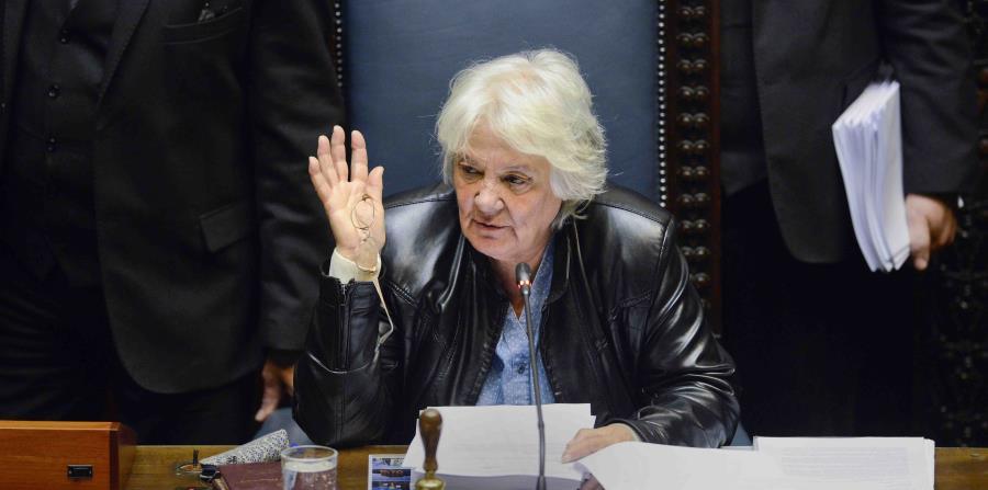 Exguerrillera asume como la primera  mujer vicepresidenta de Uruguay (horizontal-x3)
