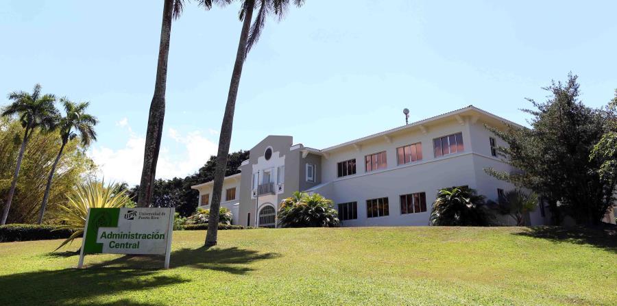 Además de sus 11 recintos, la UPR tiene centros de investigación en diferentes lugares de la Isla así como oficinas del Servicio de Extensión Agrícola en todos los pueblos. (horizontal-x3)