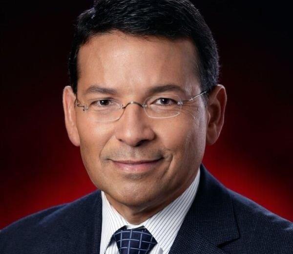 Iván E. Colón