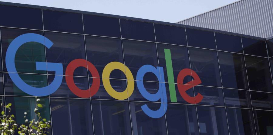 Imagen del logotipo de Google en la sede de la compañía en Mountain View, California. (AP) (horizontal-x3)