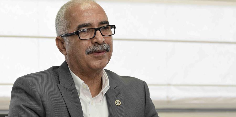 En la foto está Raúl Maldonado Gautier, secretario del Departamento de Hacienda. (horizontal-x3)