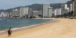 Balneario mexicano de Acapulco vive horas duras por el COVID-19