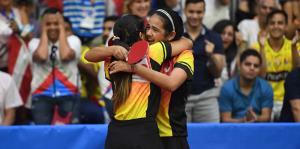 Adriana y Melanie Díaz ganan la medalla de oro en dobles femenino
