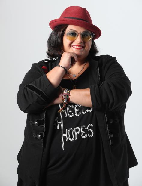 Concluida la producción Mahya se propone lanzar oficialmente su carrera musical. (vertical-x1)