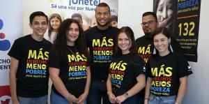 Jóvenes apuestan a la educación para combatir la pobreza infantil
