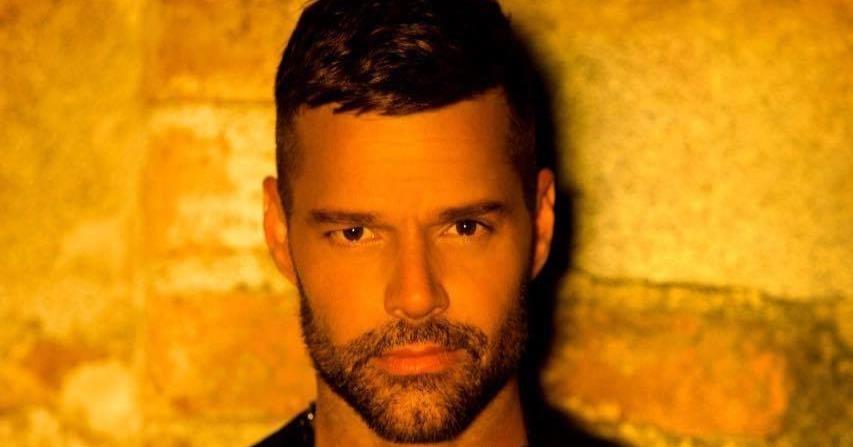Ricky Martin sorprende a sus fanáticos con el videoclip de