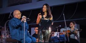 """Pablo Milanés y su hija Haydée le cantaron a La Habana con """"Amor"""""""