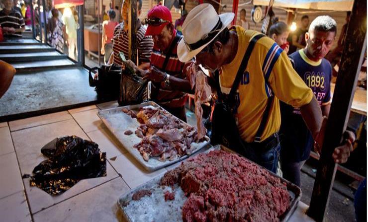 Maracaibo fue la ciudad más prospera de Venezuela y hoy se resignan a comer carne podrida (horizontal-x3)