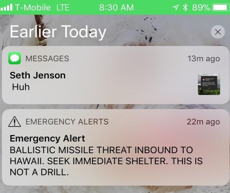 imagen de la pantalla de un celular muestra una falsa alarma de un ataque con un misil balístico que fue enviada por error por la Agencia de Emergencias de Hawái el sábado 13 de enero del 2018. (AP / Marco García) (semisquare-x3)