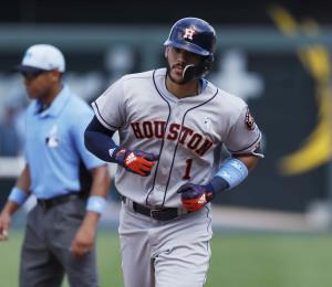 Carlos Correa se impone en la victoria de los Astros