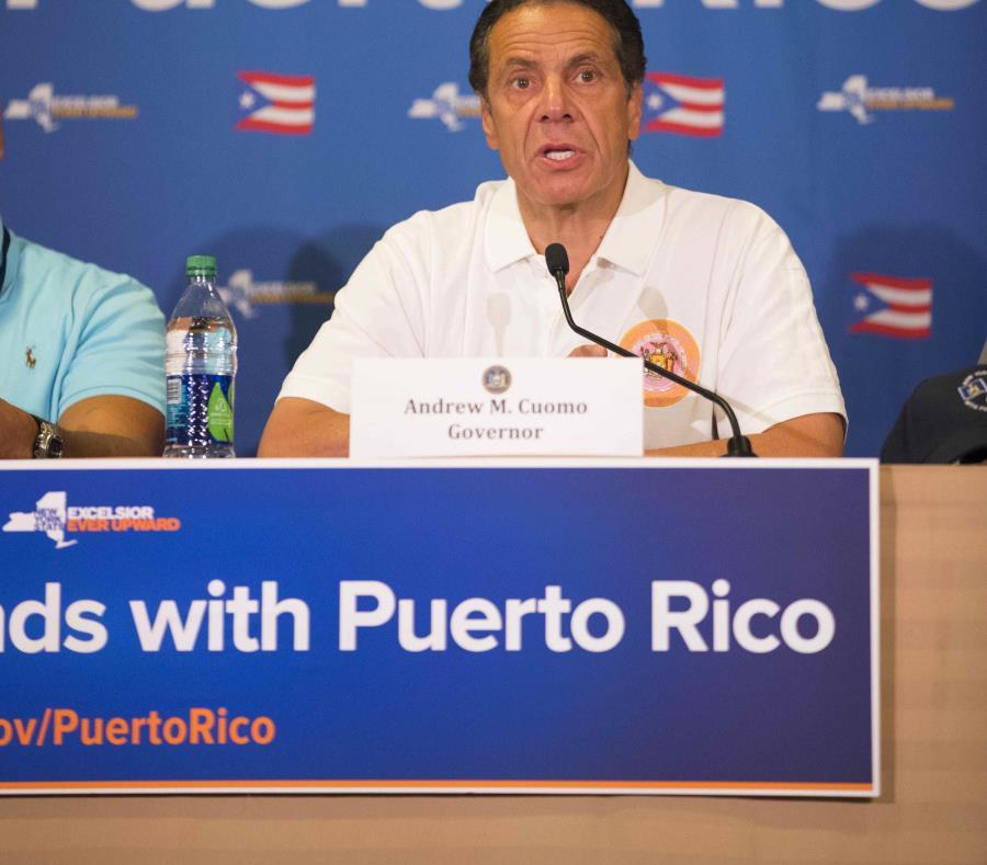 """Es el quinto viaje de Cuomo a la Isla desde el paso del huracán. La campaña """"NY Stands with Puerto Rico Recovery and Rebuilding Iniciative"""" comenzó el 29 de abril. (semisquare-x3)"""