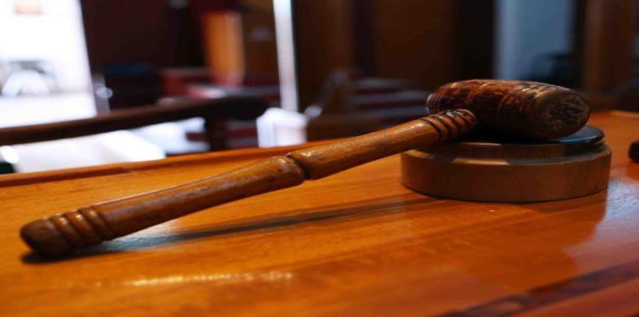 El jurado emitió un veredicto unánime en once de los 12 cargos (semisquare-x3)