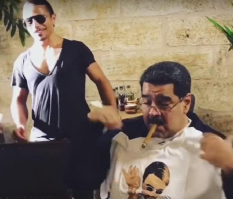 Nicolás Maduro disfruta de lujoso banquete en restaurante de Salt Bae y genera indignación. (semisquare-x3)