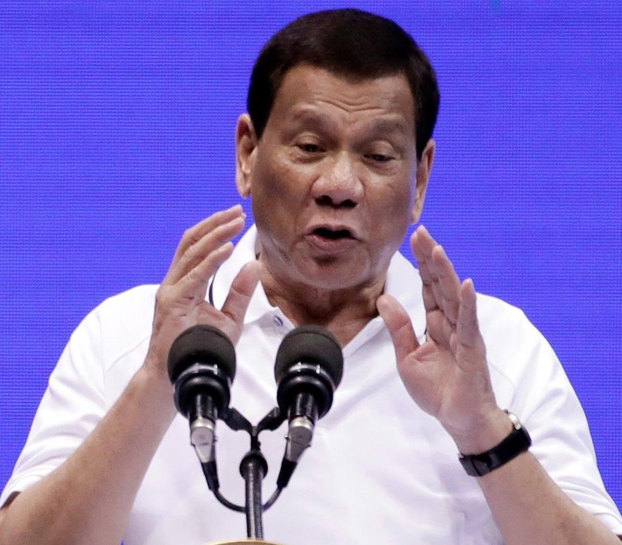 Duterte (semisquare-x3)