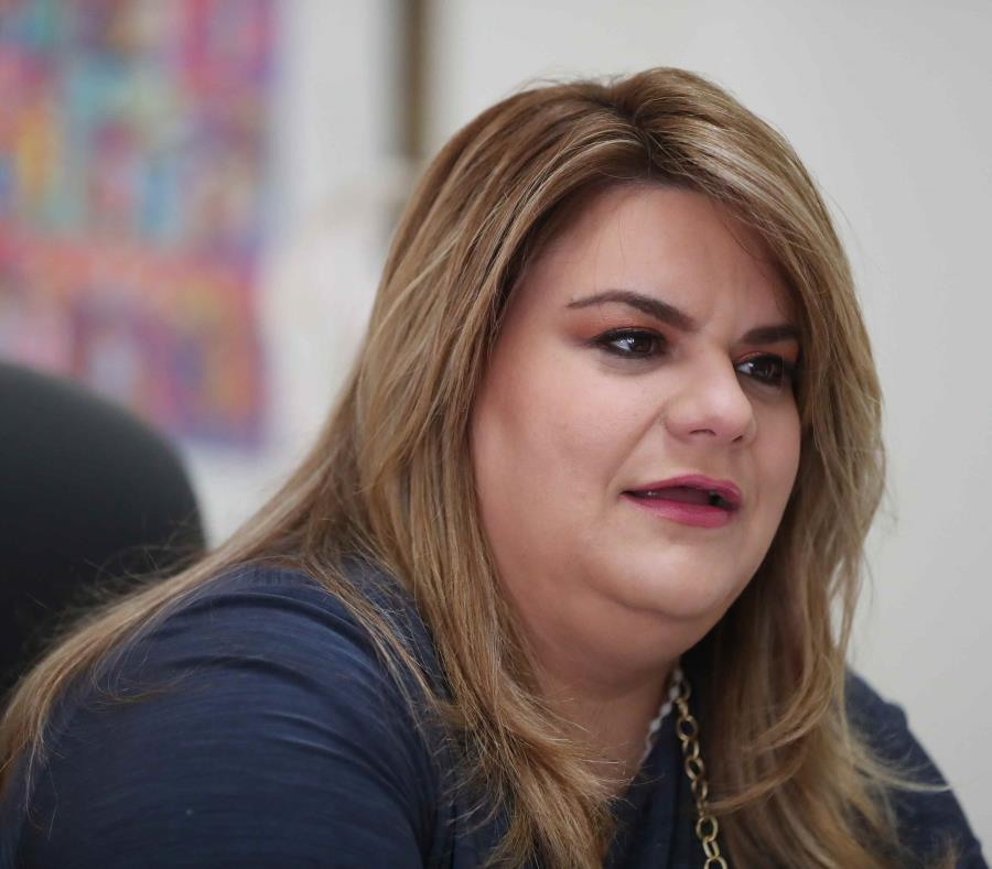 La comisionada residente, Jenniffer González (semisquare-x3)