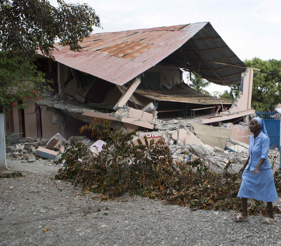 Suben a 17 los muertos por el sismo en Haití (semisquare-x3)