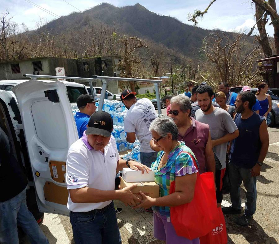 Fluye lentamente la ayuda para los damnificados en guayama for Noticias del gobierno