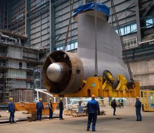 Continúa la construcción de algunos cruceros pero se posponen los estrenos