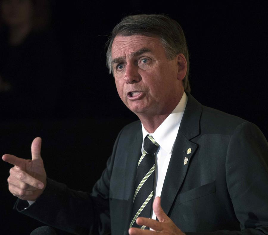 Bolsonaro lidera las encuestas para la segunda vuelta presidencial con el 58% de los votos (semisquare-x3)