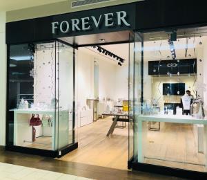 La joyería Forever Crystals está en expansión