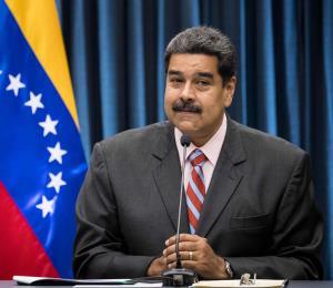 Maduro se afinca en su silla