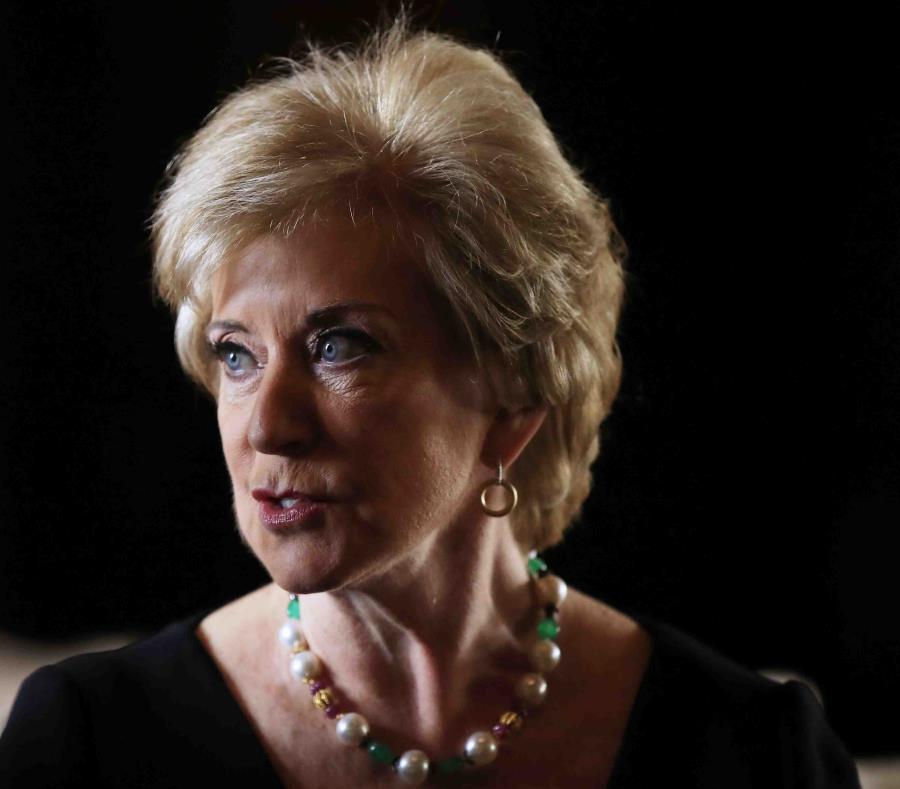 La dimisión de Linda McMahon será efectiva el viernes, 12 de abril. (AP) (semisquare-x3)