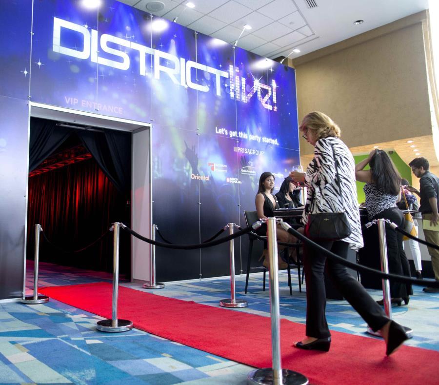 Entrada a presentación sobre District Live! (semisquare-x3)