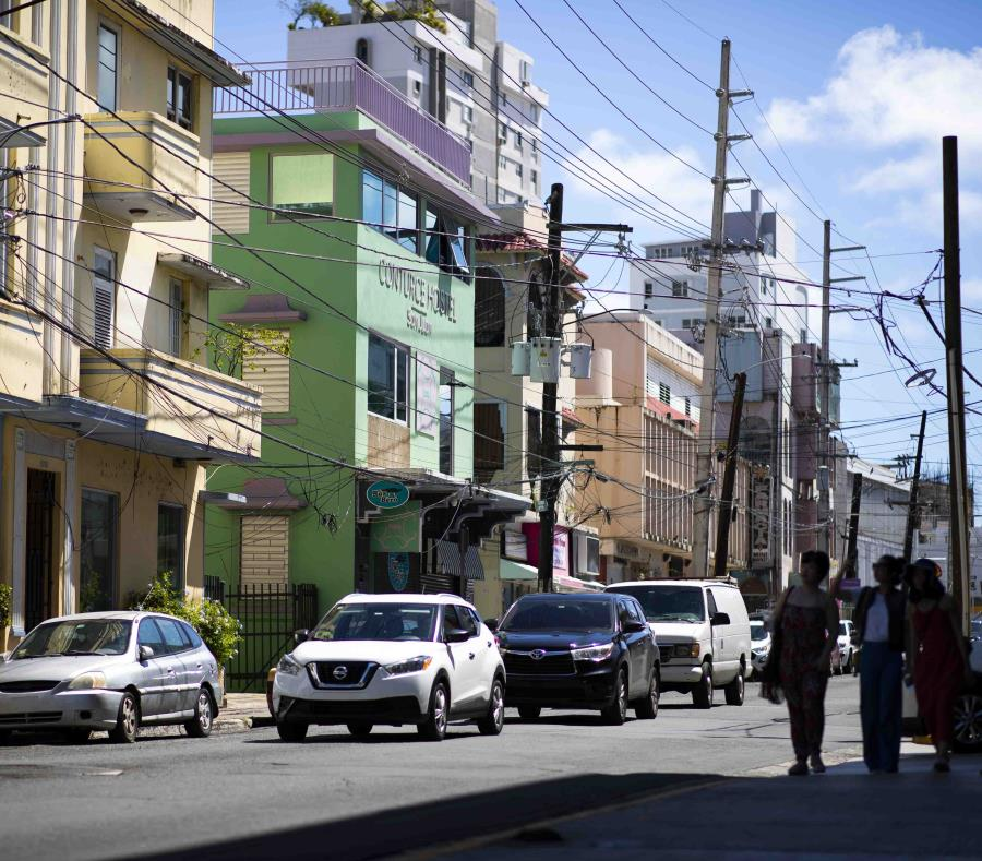 Los residentes de la Calle Loíza son uno de los que han reclamado que los negocios cierren a las 2:00 a.m. (semisquare-x3)