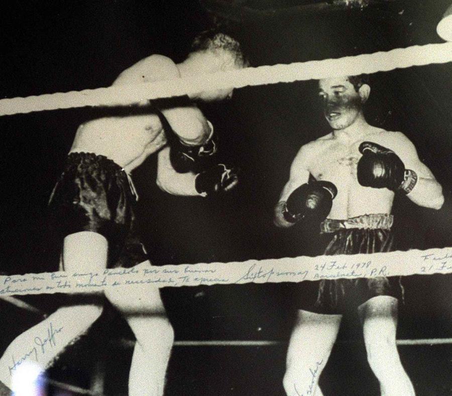 Sixto Escobar (derecha) fue el primer deportista que brincó a la fama en Puerto Rico. Sus inicios en el boxeo fueron en el clandestinaje, pues ese deporte era ilegal en Puerto Rico. (Archivo) (semisquare-x3)