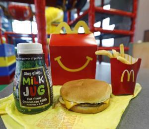 McDonald's retira dos productos de su menú infantil