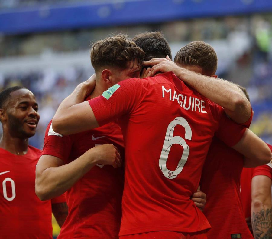 Inglaterra espera por el ganador del partido de esta tarde entre Rusia y Croacia para saber contra quien se enfrentará el próximo miércoles por el pase a la final.  (AP) (semisquare-x3)