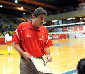 """El mentor """"Kike Ruiz"""" debuta con una derrota con las Valencianas"""