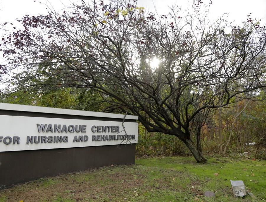 En el Centro de Rehabilitación para Niños Wanaque en Haskell (semisquare-x3)