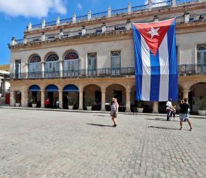 La Federación Cubana de Béisbol critica golpe a acuerdo con MLB