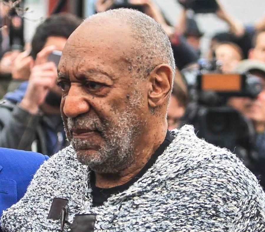 Vandalizan la estrella de Bill Cosby en el Paseo de la Fama de Hollywood  (semisquare-x3)