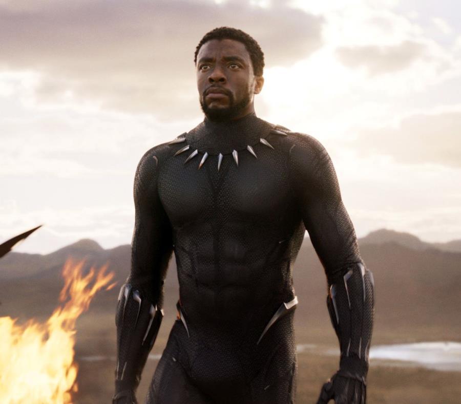 Chadwick Boseman es una escena de