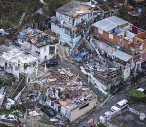 """Trump enviará hoy al Congreso una """"insuficiente"""" petición para desastres"""