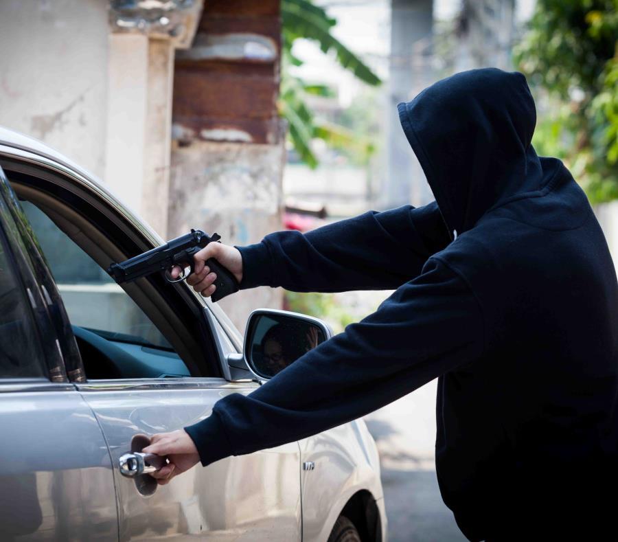 Los asaltante se apropiaron del vehículo mediante carjacking (GFR Media) (semisquare-x3)