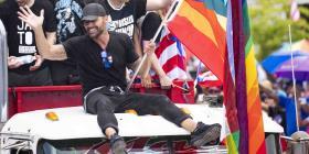 Ricky Martin le exige a Rosselló que hable con la prensa local