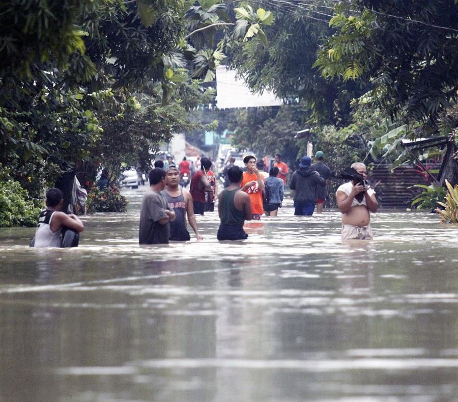 Aumenta a 85 la cantidad de muertos por la tormenta Usman en Filipinas (semisquare-x3)